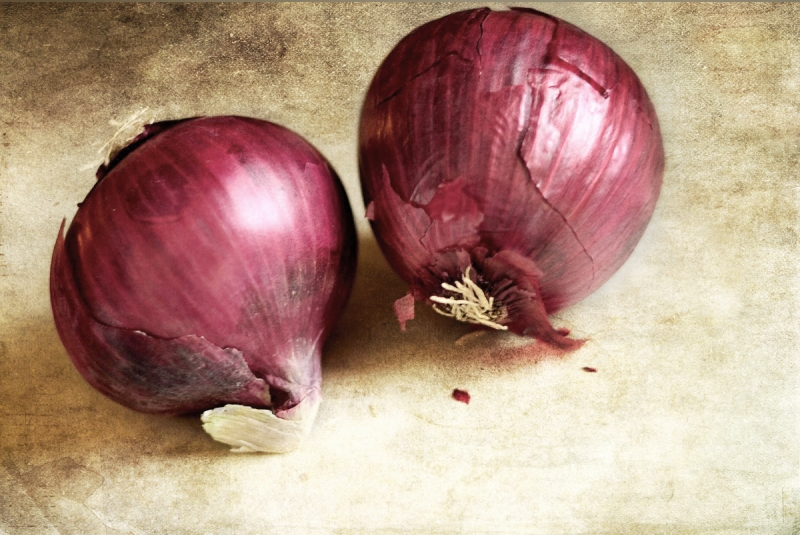 red-onions-kk-moday